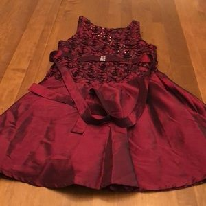 Boutique dress size 7 rose ribbon  and sequence .